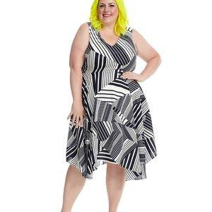 Julia Jordan Navy and White Geo Print Dress